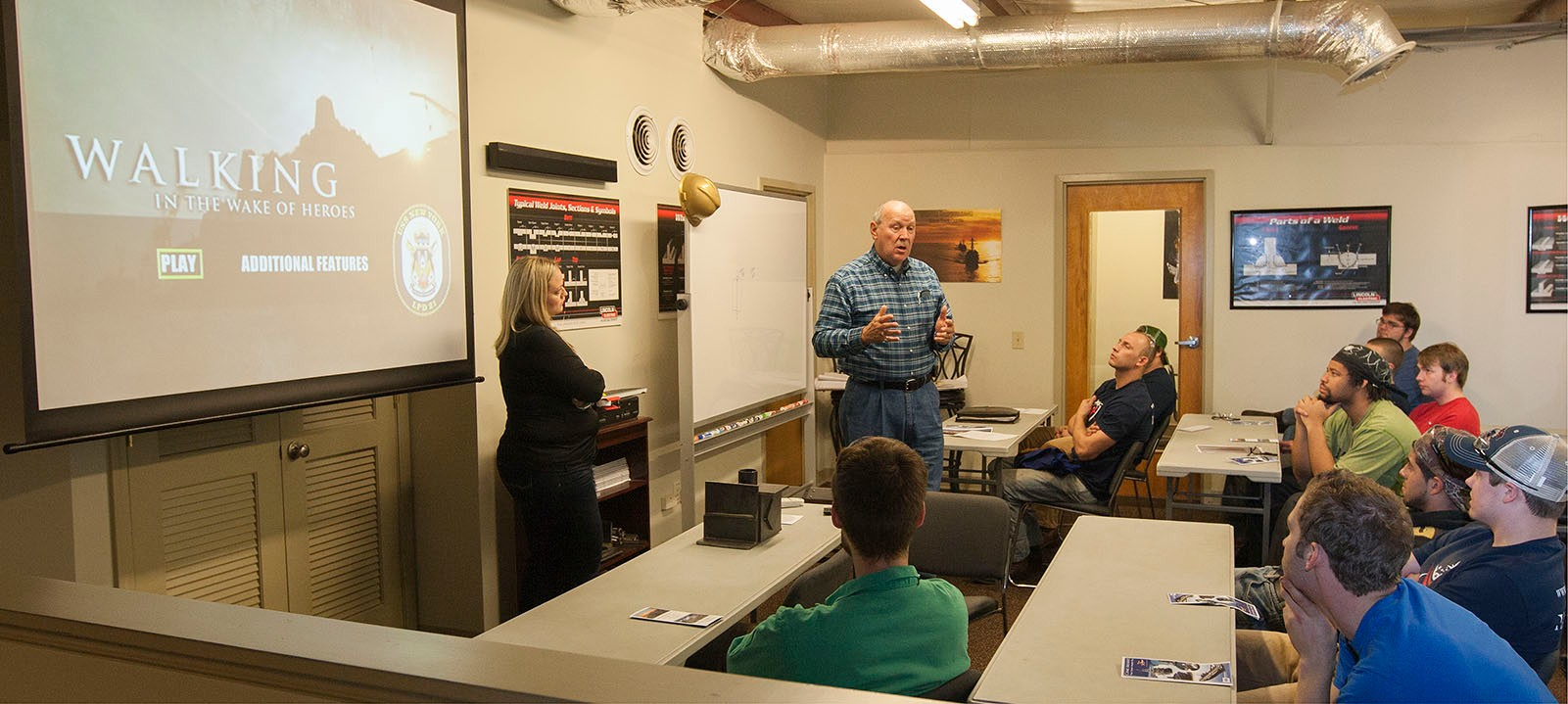 Ingalls Trade Manager David Cobb presenting job opportunities to Georgia Trade School